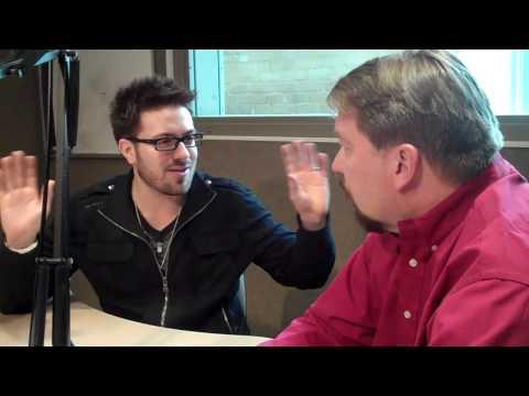 Bob Pickett visits with Danny Gokey