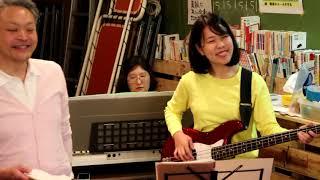 【障がい者バンド エスペラント】商店街で演奏しました!