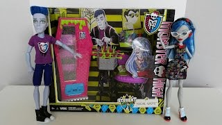 Student Lounge Social Spots - Monster High Review