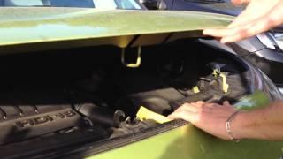 Citroen C3 picasso : ouvrir le capot moteur