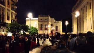 Santísimo Cristo de las tres Caídas a su paso por la Avda. de la constitución, 2013