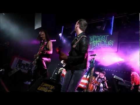 Download musik DIRTY DOLLS -  Rock Band di ZingLagu.Com