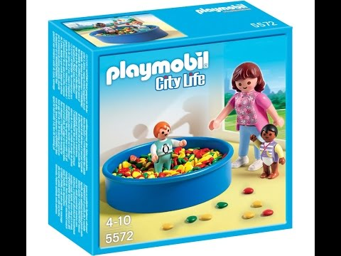 Pr sentation de la piscine a boul playmobil youtube for Piscine playmobil
