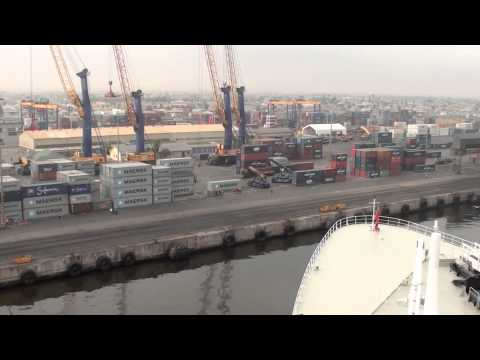 Queen Mary 2 arriving in Walvis Bay, Namibia, 13 April 2013