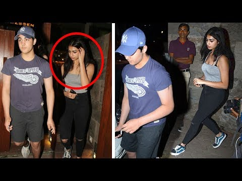 Akshay Kumar's Son Aarav CAUGHT With HOT Girlfriend In Public Hiding Face From Reporters
