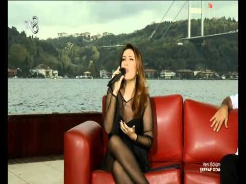 Yonca Lodi - On İki Ay (�f Oda 02.11.2014)