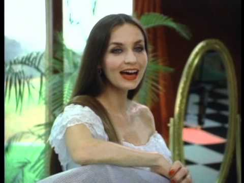 Crystal Gayle  'Till I Gain Control Again (Official Video)