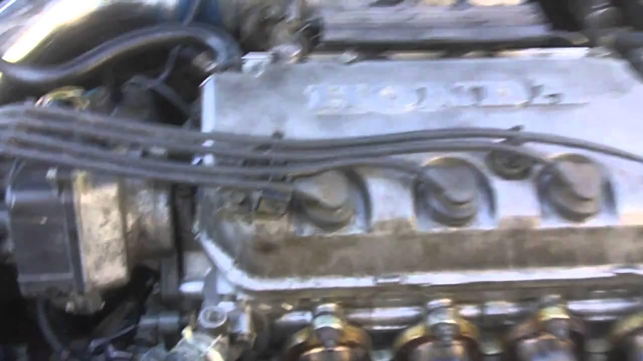 This Is Where The 97 Civic Leaks Oilmov Youtube 2000 Honda Hx 16l Mfi Vtece Sohc 4cyl Repair Guides