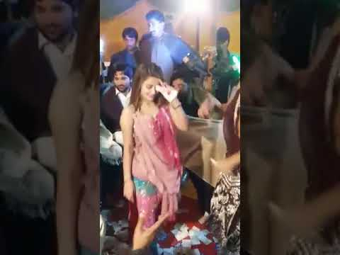 Pakistan Hot Wedding Dance Sargodha