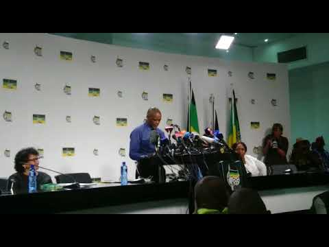The moment Magashule confirms NEC decision to recall President Zuma