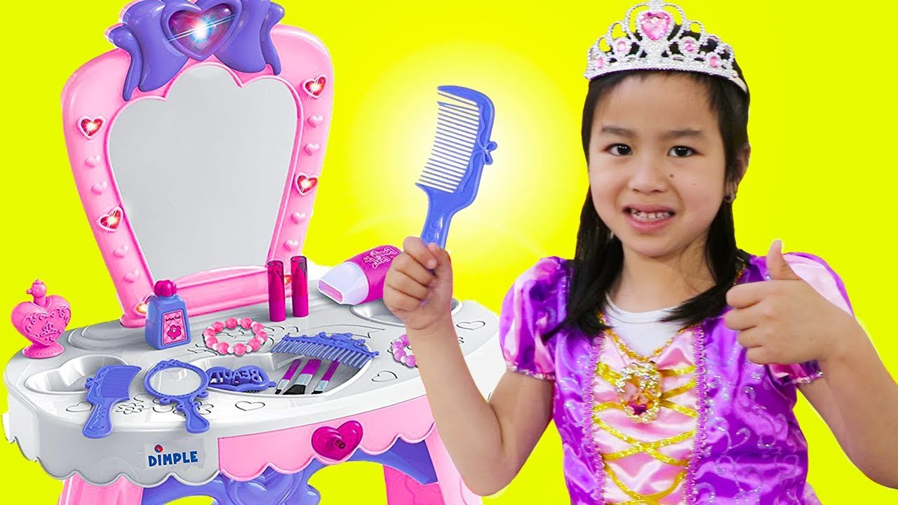 Jannie Pretend Play Princess Dress Up W Makeup Toys Youtube