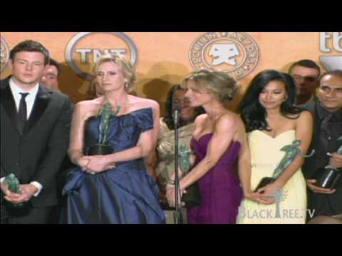 Glee grabs Actor® for best ensemble in a comedy Series at 2010 Screen Actors Guild Awards