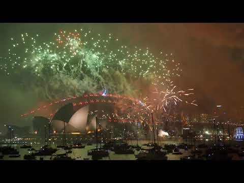 Welcome to 2018! Sydney New Year's Eve Fireworks Highlights in 4K