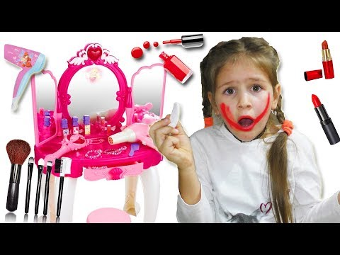 Yana Pretend Play With Makeup Play Table Toy