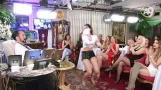 Esmer Kedicikten olağanüstü seksi dans!