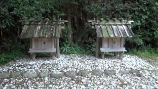 神麻續機殿神社(かんおみはたどのじんじゃ)と 神麻續機殿神社末社八所