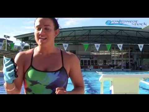 Speedo Aqua Gloves Product Review - By Andy Forbes From Swimwear Shack