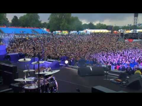 Soundgarden - Searching With My Good Eye Closed (London 2012)