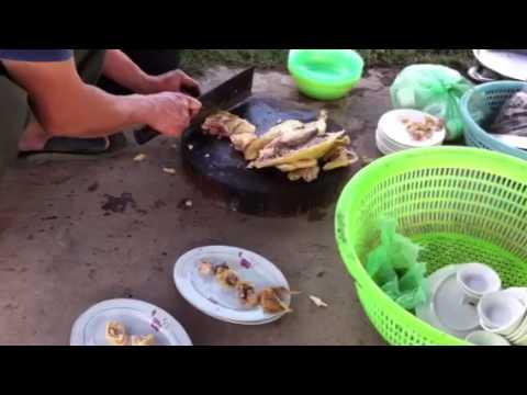 Cách chặt và bày gà