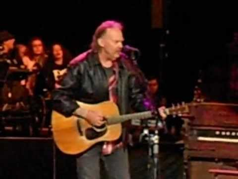 "NEIL YOUNG & CRAZY HORSE - ""Ramada Inn"" live 10/21/12"