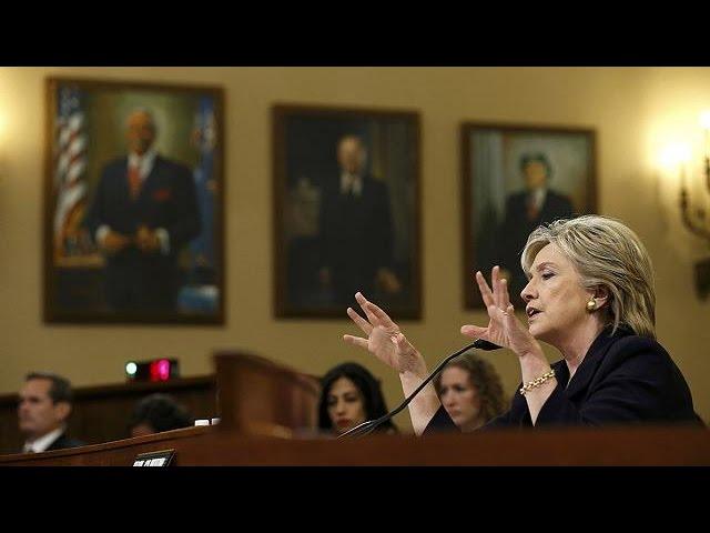 Клинтон признала свою ответственность за гибель американских дипломатов в Бенгази