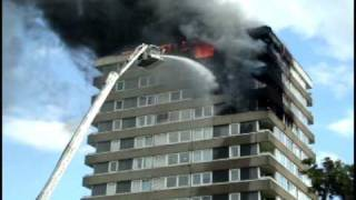 Kingston fire on Cambridge Road estate by Sarkhell Nawroly 12/07/2010