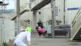 vuclip JAPANESE GIRLS RUNNING IN FEAR