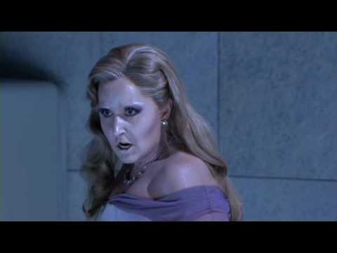 "Elena Mosuc sings: Mozart ""Der Hölle Rache""  from ""The magic flute"""