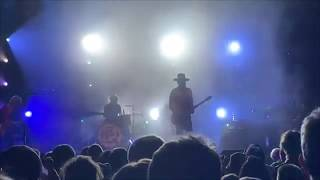 Gambar cover Gary Clark Jr playing Bright Lights on his Wide Sky 5-20-2019