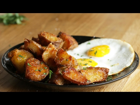 Easily The Best Garlic Herb Roasted Potatoes