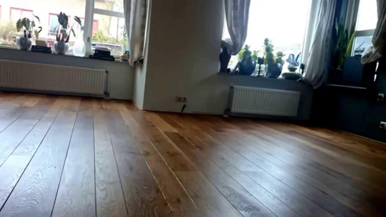 Eiken houten vloer schuren en oliën te groningen youtube