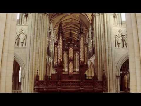 Beverley Minster, aerial film in 4K
