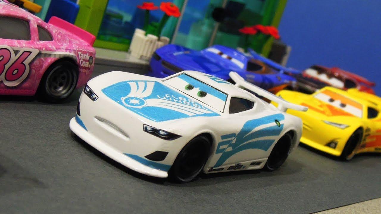 Disney Cars 3 : Custom Next-Gen Racer Flee Wheel - StopMotion