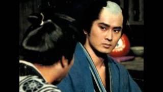 1975年TVより録音。ストーリーは、岡っ引きの鶴吉(沖雅也)が、連続...