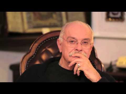 БесогонTV «Все ли экономическое на экономическом форуме и зачем стояла очередь на В. Серова?»