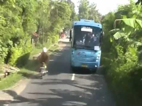 "Outbound Santri Sinar Fajar ""Perjalanan"""
