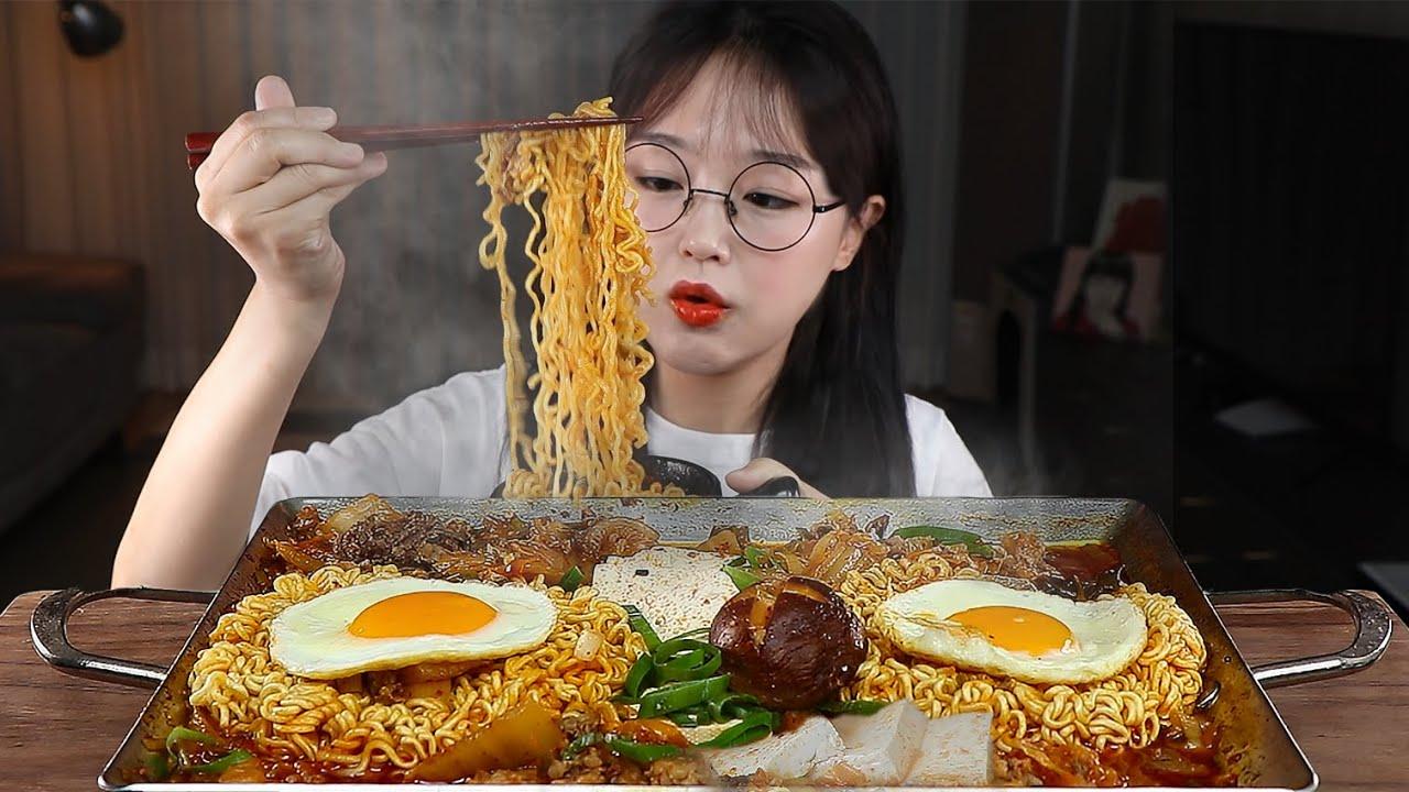 초간단 김치찌개라면 먹방🍜 KIMCHI STEW RAMEN MUKBANG | EATING SOUNDS