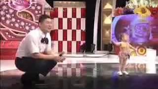 Repeat youtube video احلى رقص بنت صغيرة على اغنية شيك شاك شوك