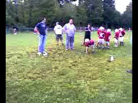 7 year old linebacker crushes running back!!!