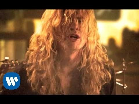Megadeth - Never Walk Alone..A Call To Arms [OFFICIAL VIDEO]