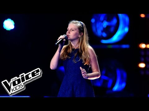 "Gabrysia Kurzac – ""When We Were Young"" – Przesłuchania w ciemno – The Voice Kids Poland"