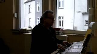 Nicht lange mehr ist Winter - gesungen von Klaus Neuhaus