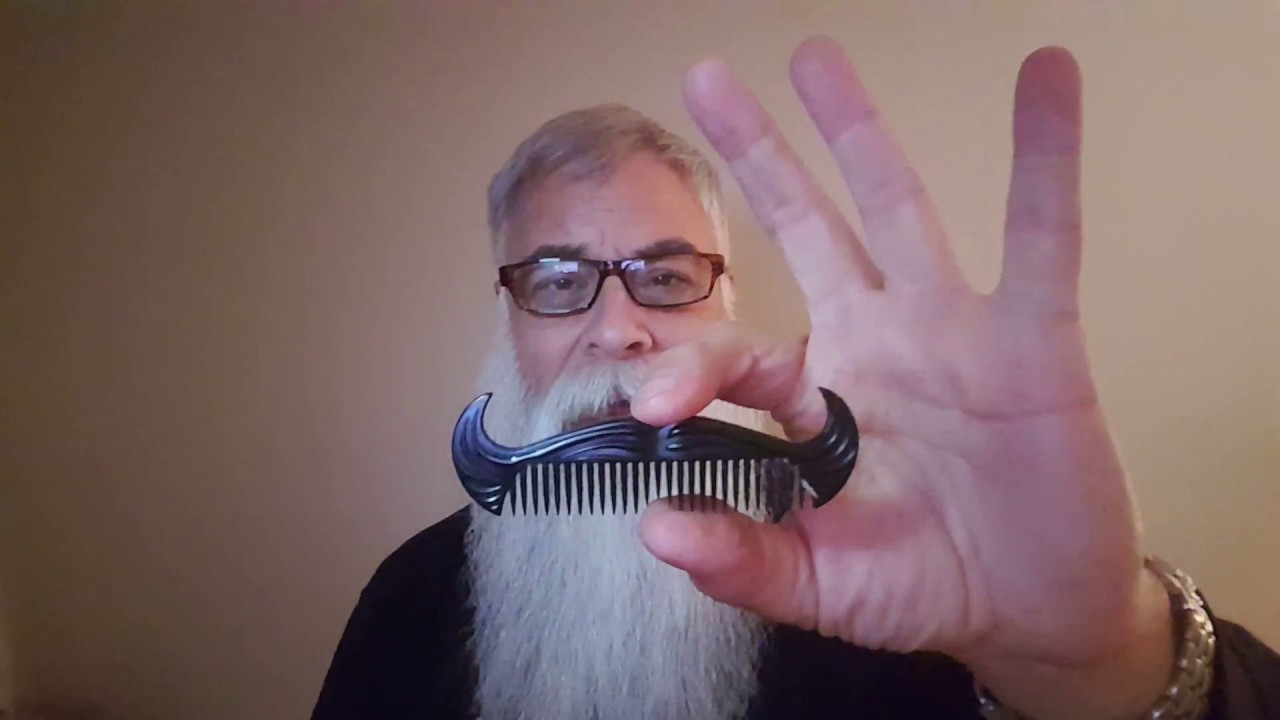 BEST COMBS & BRUSHES FOR A BIG BEARD, YEARD, OR YEARD+