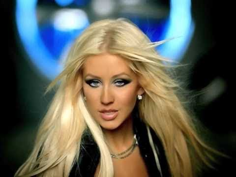 Christina Aguilera - Behind The Music