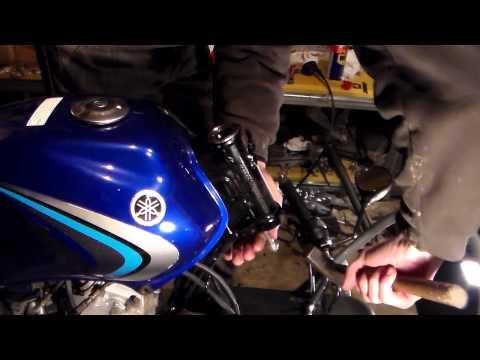 Как заменить подшипники рулевой на мотоцикле YAMAHA YBR 125 часть1
