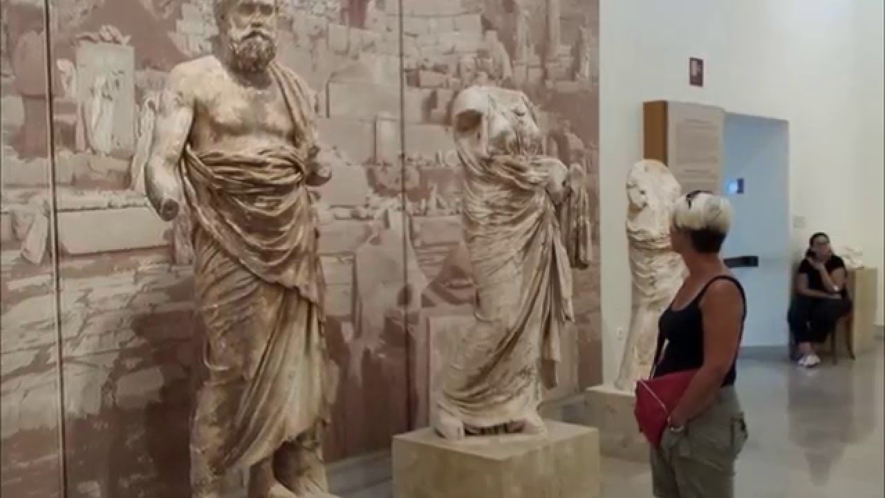 Delphi Archaeological Museum - YouTube