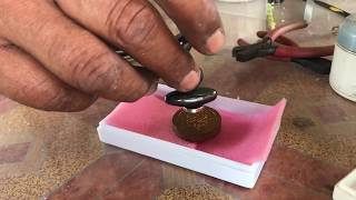 Using the Magnet Test on Plai Dam Powders Amulet Luang Phu Tim