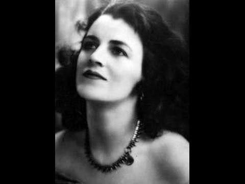 Gracie Fields - My Bonnie Lies Over The Ocean