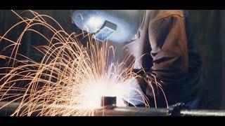 Самодельный сварочный аппарат ММА AVT-200, варит в режиме полуавтомата (MIG/MAG), газ углекислота.(Самодельный сварочный аппарат ММА AVT-200, варит электродом от 2мм до 4мм, максимальная сила тока на выходе..., 2016-03-14T11:41:45.000Z)