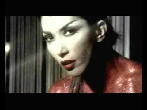 Hande Yener - Kim Bilebilir Aşkı [Mega remix]